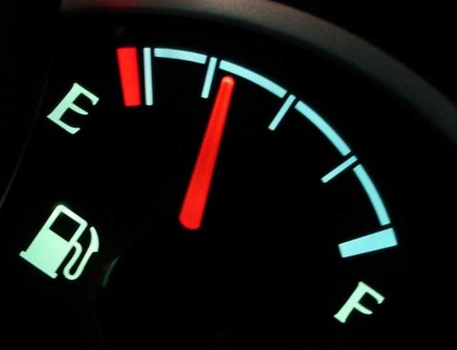 Partsavatar.ca-fuel-gauge.jpg